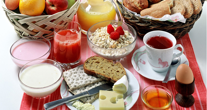 Cual-diferencia-entre-desayuno-continental-uno-americano